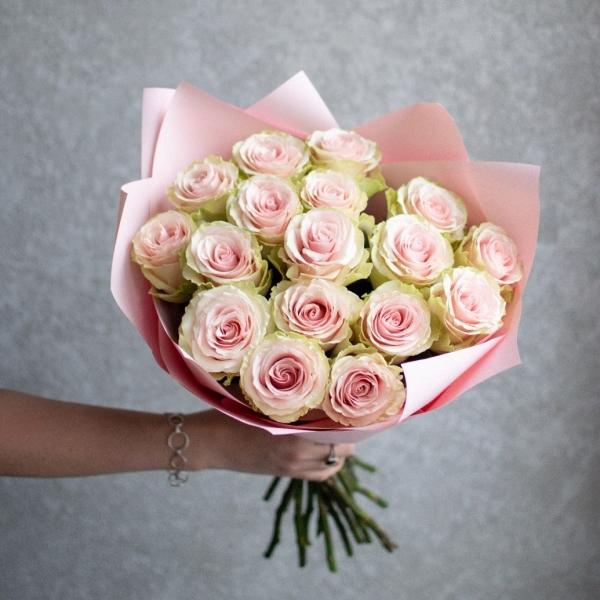 Монобукет из 17 роз Фрутетто