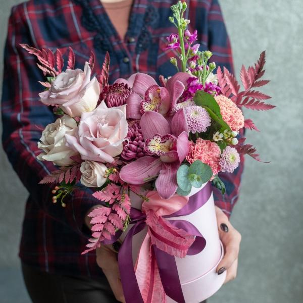 Коробка №2 с розами и орхидеями, размер M